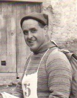 Josep Brunet i Mola, va ingressar a l'any 1942 al club i ha estat un peça clau en el Centre.