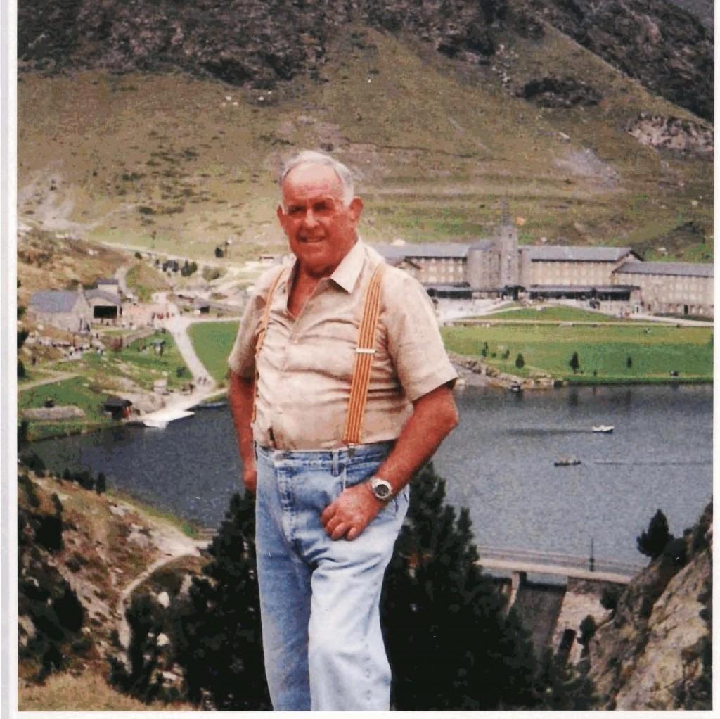 Josep Brunet a la Vall de Núria dins una excursió de la Secció de muntanya del Barcelonès organitzada per ell mateix.