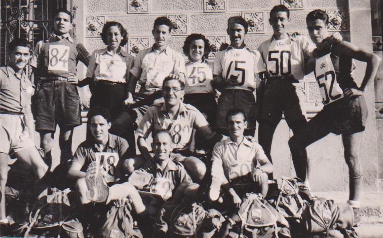Marxadors de Regularitat de la secció de muntanya del Barcelonès. Aquesta secció va participar en totes les marxes organitzades per les diferents Entitats esportives de Catalunya i sota la tutela de la Federació Catalana de Muntanya.