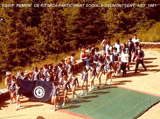 Campionats socials esportius del Barcelonès al Montseny (Fontmartina) 1981 - Desfilada de les participants del grup femení de Gimnàstica artística que van tenir una durada important durant la dècada dels anys 80's.