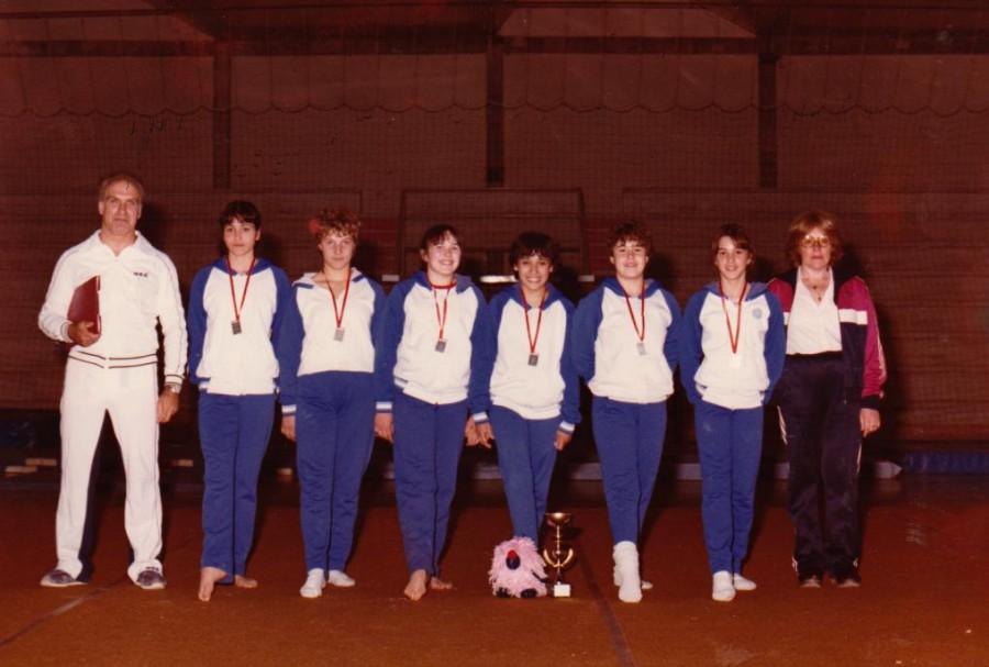 Aquest equip de Gimnàstica artística femenina, de la mà de n'Albert Penella, va assolir un nivell important en aquesta especialitat esportiva competint a nivell de Catalunya amb resultats força meritoris. Van ésser molt perseverants durant més d'una dècada i amb una continuïtat d'altres atletes durant les anys 90's.