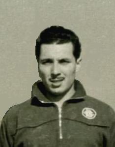 Josep Sànchez Planici. Un altre monitor notable de la Secció de gimnàstica del Barcelonès. Des del final de la dècada dels anys 50's i principis dels 60's va dedicar els seus esforços al manteniment de la Secció tan en la vesant ornamental com la artística, participant també com un membre més de l'equip.