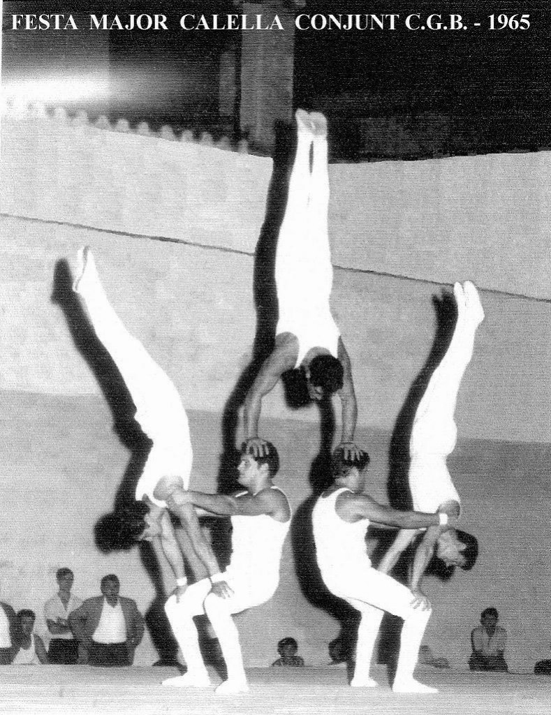 Exhibició Ornamental del Conjunt del CGB a la Festa Major de Calella a l'any 1965. Monitor, Joan Espinosa, Components:Josep Suari, Luís Ariza, Franc Suari, Toni Ramírez. A l'esdeveniment va intervenir també la Secció de Lluita Greco romana.