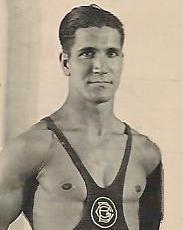 Emili Clot a part de ésser un soci Fundador notable del Barcelonès també va ser un gran amant de l'esport. Va dedicar un gran temps de la seva estada al Centre amb la lluita Greco romana i molta dedicació també a la gimnàstica en general.