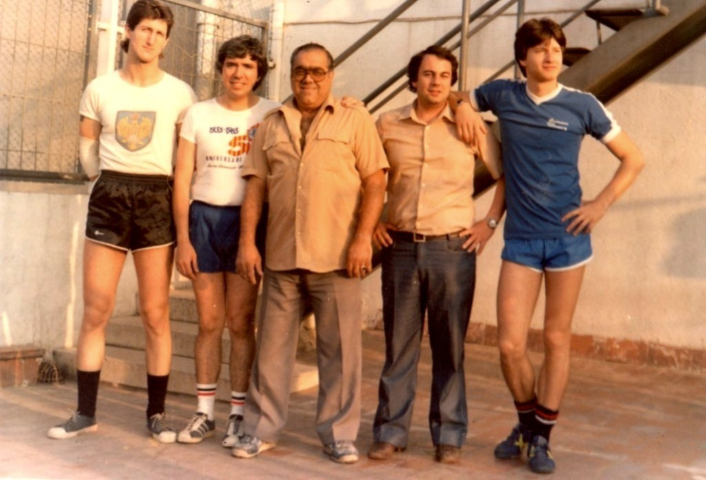 Salvador Zoroa - Entrenament matinal de Futbol Sala que es practicava a la terrassa del Centre.