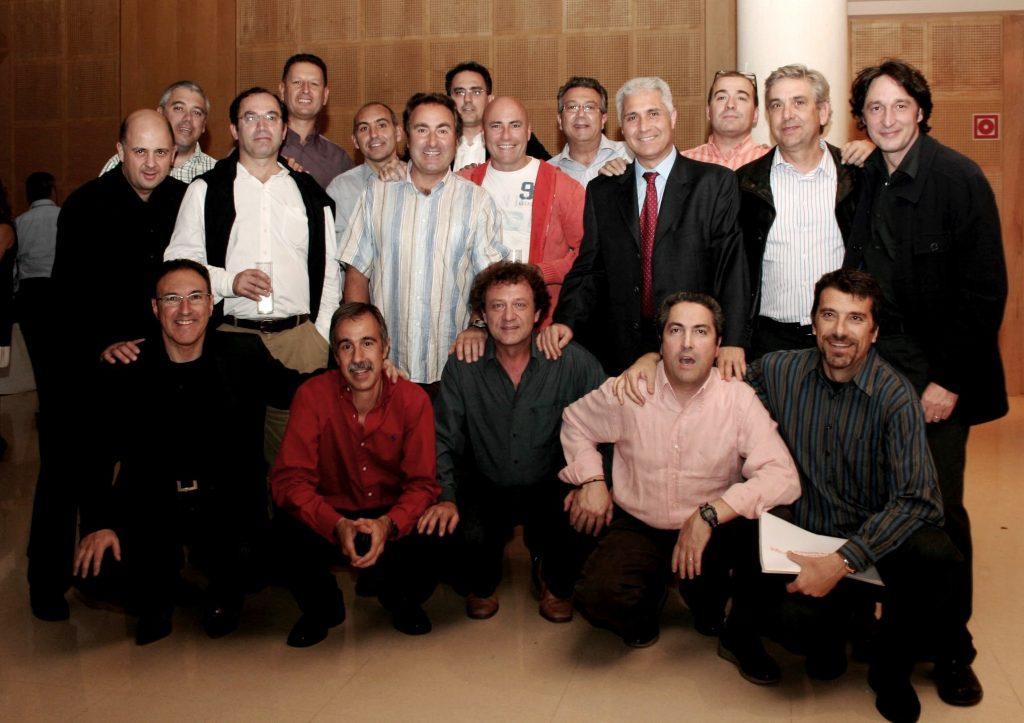Part de l'antic equip d'atletisme del Barcelonès que van formar la secció del CGB durant la dècada dels anys 70's, en ocasió de la visita realitzada a la Sala de l'Erasme Jané l'any 2010, on s'exposava un Memorial Històric d'aquesta notable Secció del CGB.