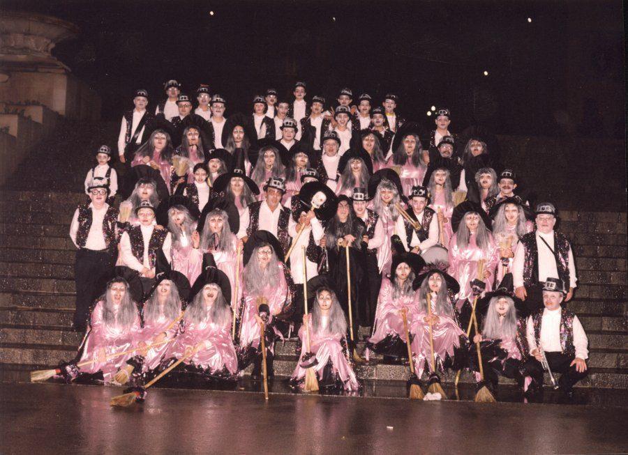 La nit de les bruixes al Raval 2001.