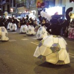 """""""Les pilotes la politica del poble"""", coreografia devant del jurat, de la rua de Sants ,en la que vam guanyar el premi a la la """"SATIRA""""2008"""