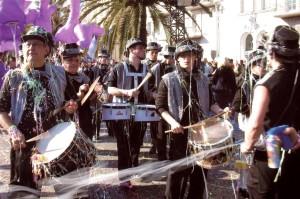 Banda giasol en la rua de Niça 2008.