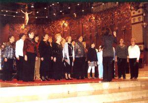 Celebració del 15º aniversari de la comparsa,estrena de l'imne de la comparsa en la Basilica de Nostra Senyora de Montserrat, amb la col.laboració desinteresada per part de la direcció de la Montse Martínez.2008.