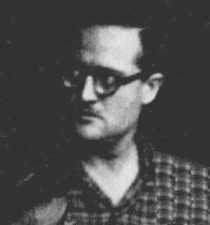Lluís Garcia Llisó va ésser un col·laborador molt identificat amb la ideologia cultural i esportiva del Centre. Es va dedicar principalment a la secció de muntanya organitzant moltes Curses de regularitat.